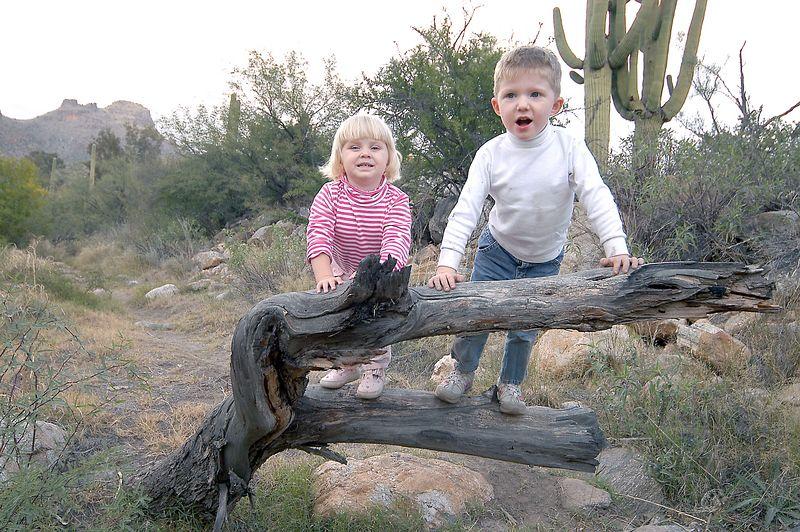 2004102312739_20041113_Connor_&_Sadie's_Hike