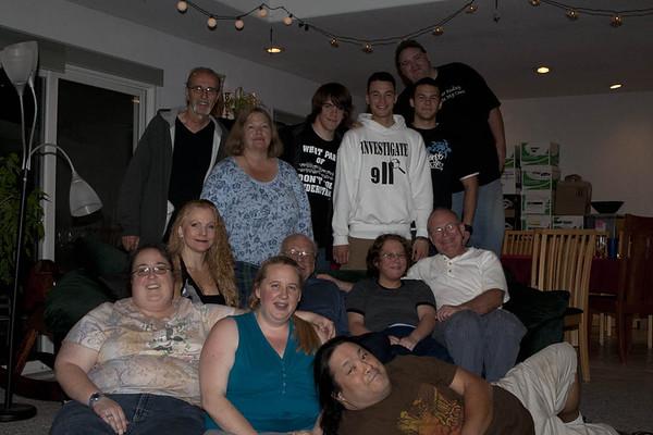 Clan Delius, May 2008 (From Top Left: Roland, Kate, Eric, Andrew, Matt, Thomas. Marisa, Conrad, Amanda, John, Kat, Anna & Michael)