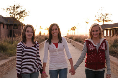 2008_12_Courtney_Megan_Demi_Sunset 025