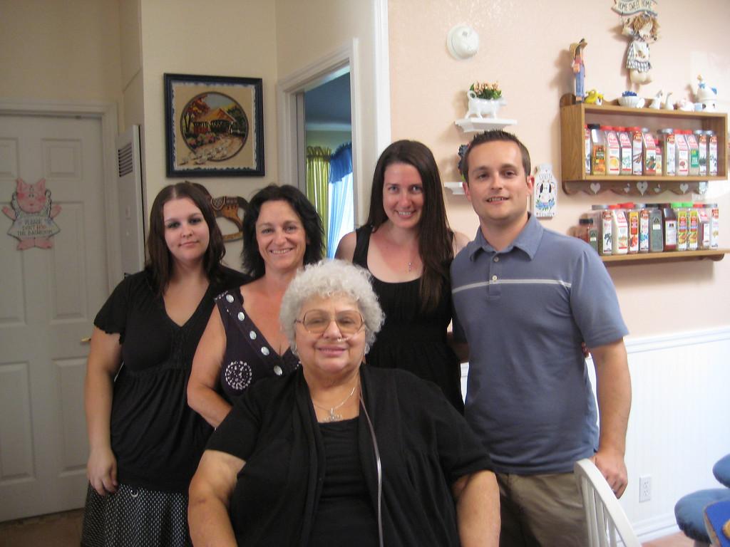 Melissa, Lisa, Erik's girlfriend, Erik with mom/grandmother Gloria Penny