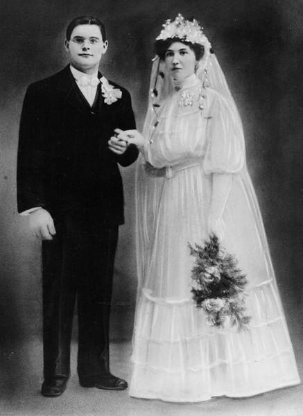 20090104-Max and Clara Woods Nov 27, 1907-1163SM