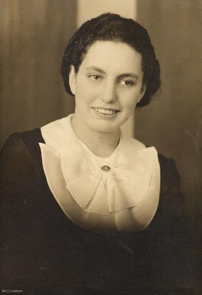 20090107-Delphine Stupfel 21st birthday 12-10-1937-1192SM