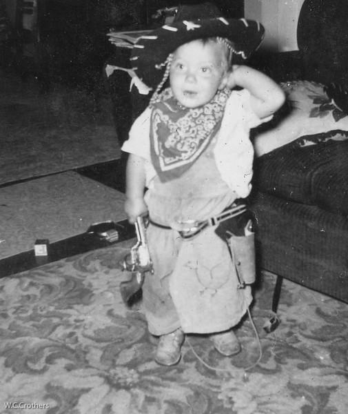 20090113-Robbie all dressed up as a cowboy 1954-1306SM