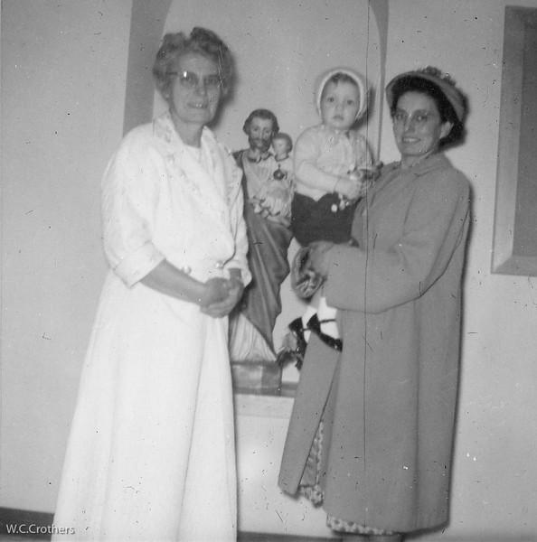20090114-Kathryn, Ruthie Stufpel, Delphine spring of 1959-1316SM