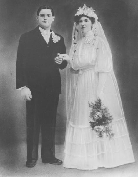 20090107-Max and Clara Zielinski wedding Nov 27, 1907-1214SM