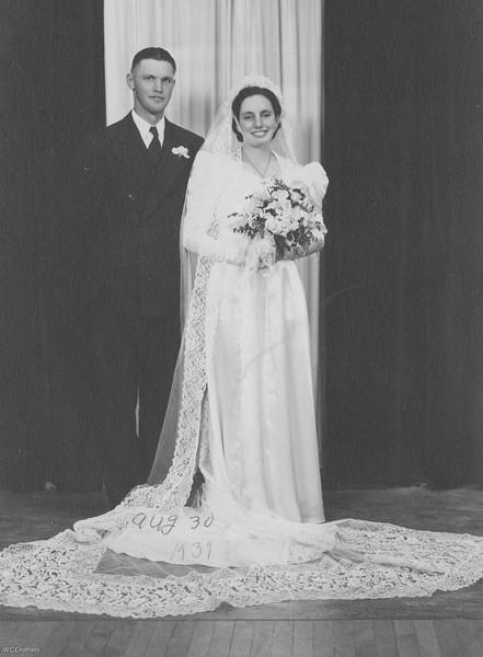 20090107-Cletus and Delphine wedding Aug 30,1939-1183SM