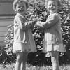 20090107-Ramona and Yvonne 1947-1223SM