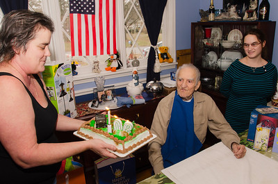 Grandpa Croxton surprised by his Army themed cake.