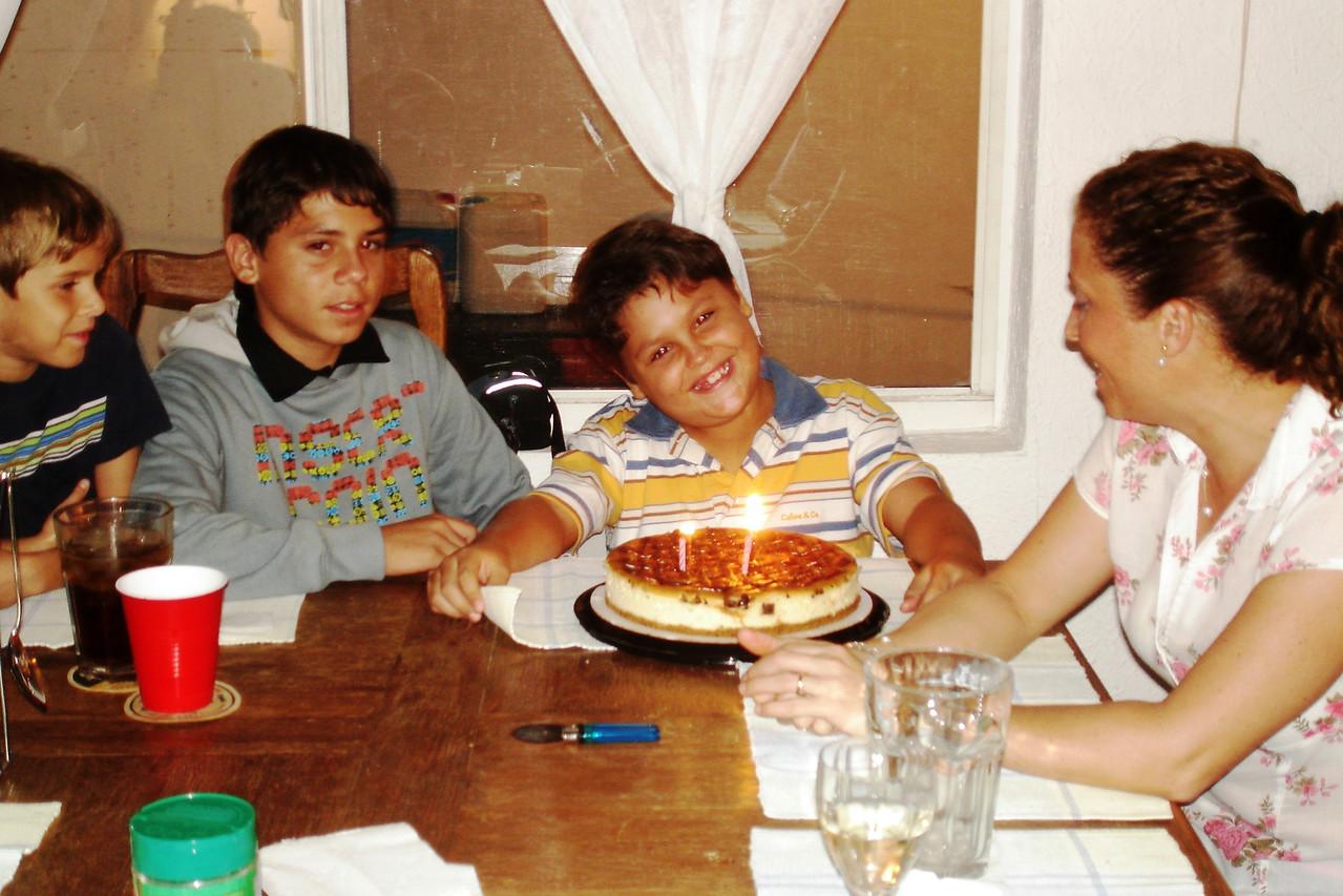 Sean, Bruno, Mauricio y Betty