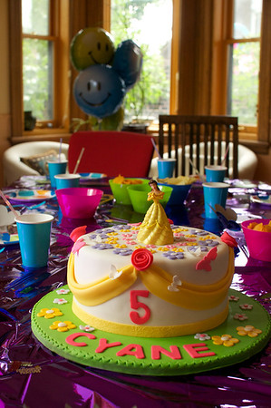 The party table - before the kids get at it