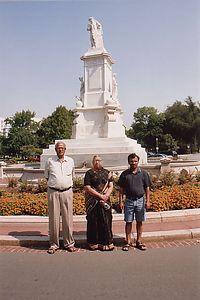 Venky_Statue