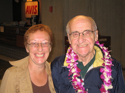 Dad arrives in Honolulu January 9th 2006