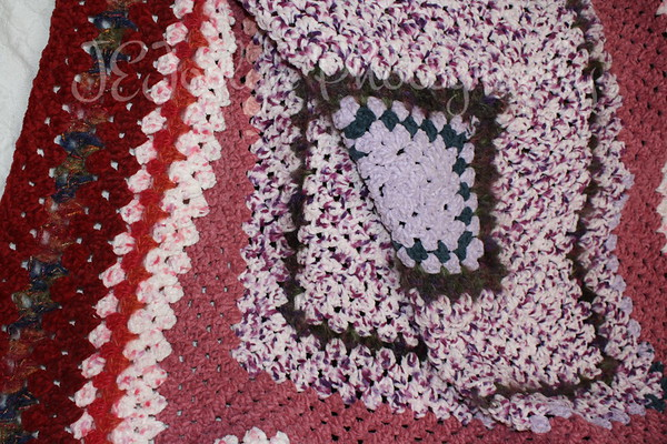 Blanket for GD4, pink granny square motif.