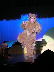 Lion in Wizard of Oz 2003