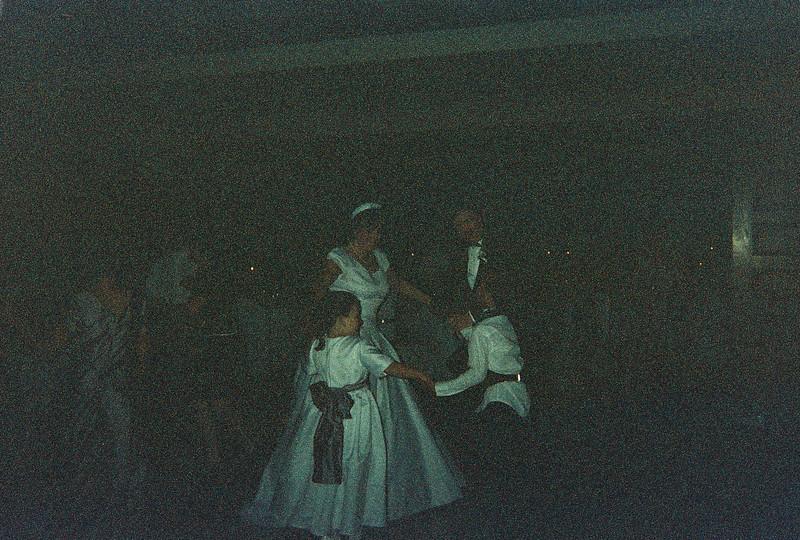 David_and_Sinead's_Wedding_5-22-1999-87