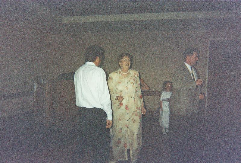 David_and_Sinead's_Wedding_5-22-1999-25