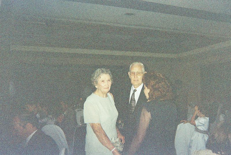 David_and_Sinead's_Wedding_5-22-1999-76