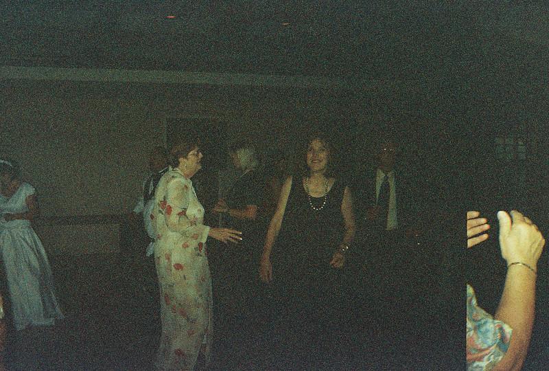 David_and_Sinead's_Wedding_5-22-1999-13