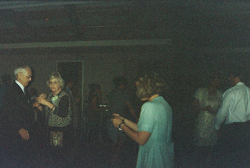 David_and_Sinead's_Wedding_5-22-1999-18