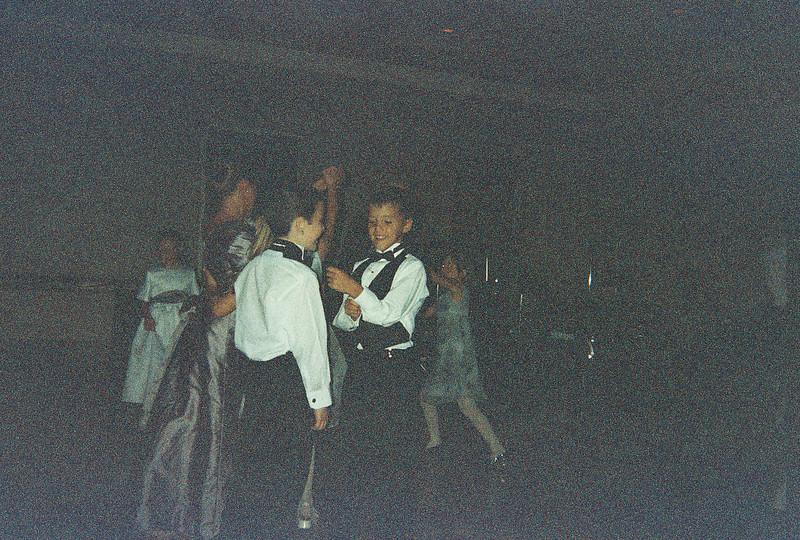David_and_Sinead's_Wedding_5-22-1999-230