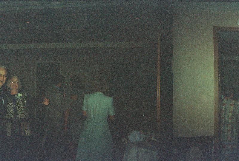 David_and_Sinead's_Wedding_5-22-1999-17