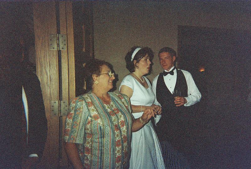 David_and_Sinead's_Wedding_5-22-1999-24