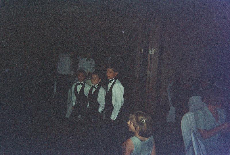 David_and_Sinead's_Wedding_5-22-1999-137
