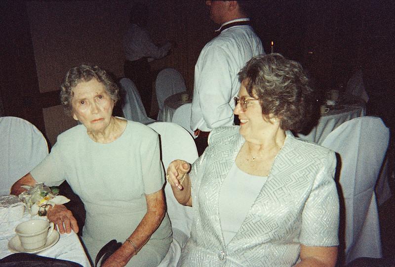 David_and_Sinead's_Wedding_5-22-1999-65