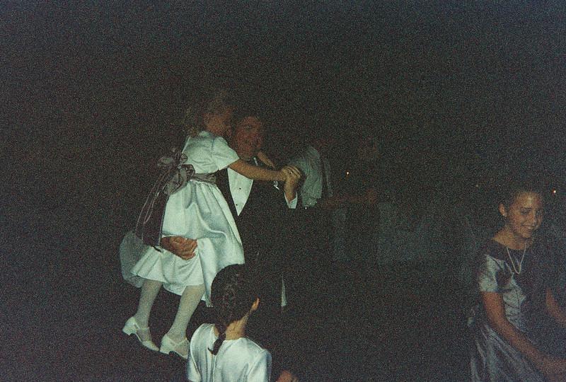 David_and_Sinead's_Wedding_5-22-1999-115