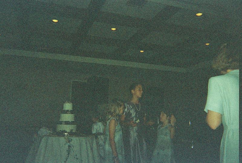David_and_Sinead's_Wedding_5-22-1999-216
