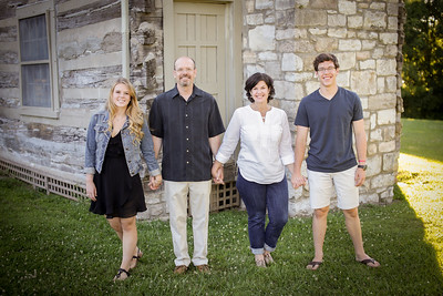 FAMILY2017-24