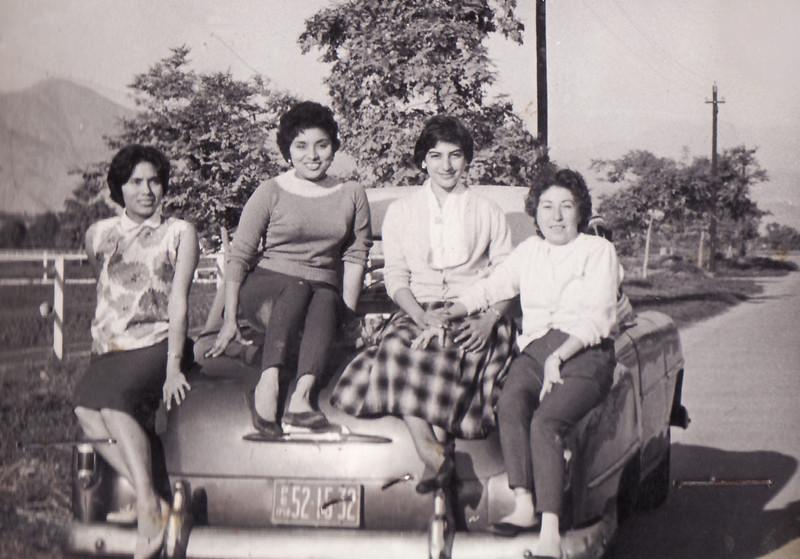 De paseo por Lima en el Studebaker...