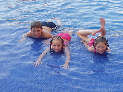 Family_trip_Aug,_2003 _Puerto_Vallarta_073