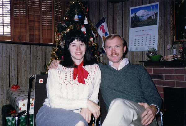 Dick and Lois Christmas 1987