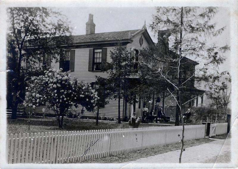 30 Butler St, Ludlow, KY, c.1900 (J.Nixon)