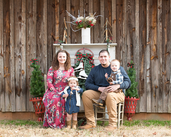 Dillon Lauren and the kids Christmas 2017