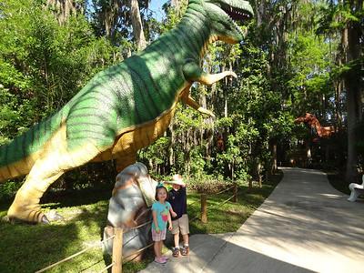 Dinosaur World 2013