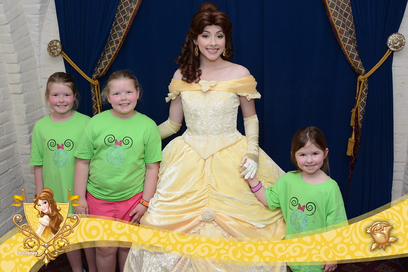 We had dinner with the princesses. Belle was beauitful!