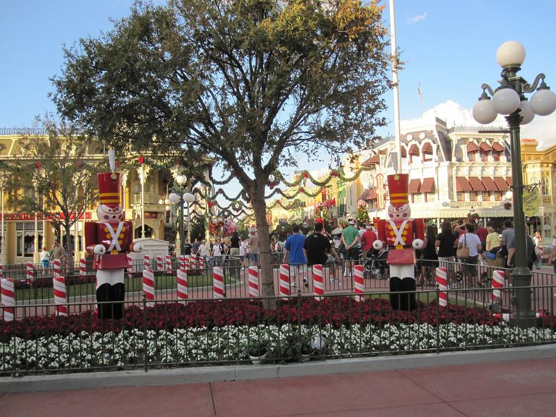 Town Square, Magic Kingdom at Christmas