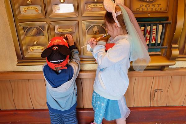 Disneyland 2016-5116