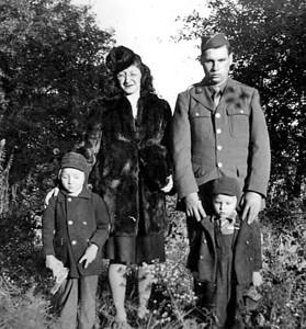 Robert, Dorothy, Bob and Don Lee