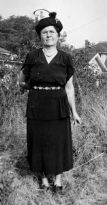 Louise Mowen - Don's maternal Grandmother (Mother of Don's Mother Dorothy)