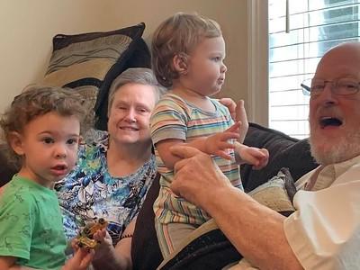 Quinn, Starlette, Ari and Donald