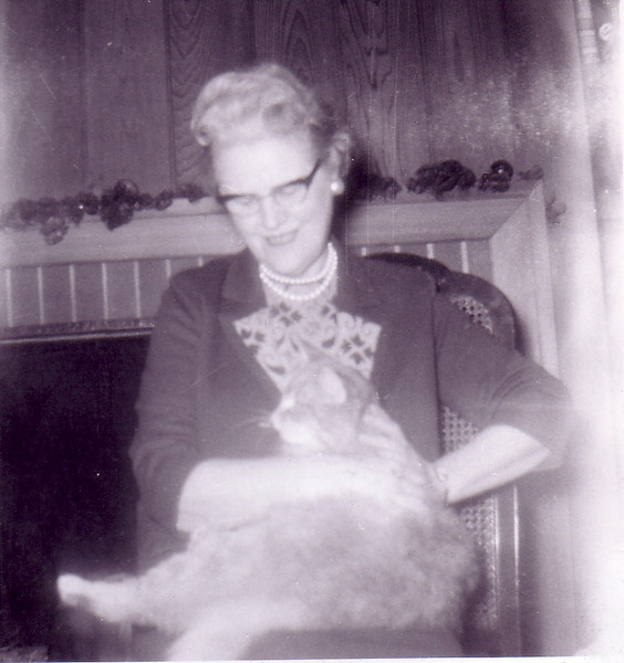 Christine MacIver (Aunt Stena) and Simba in at Riverview Terrace