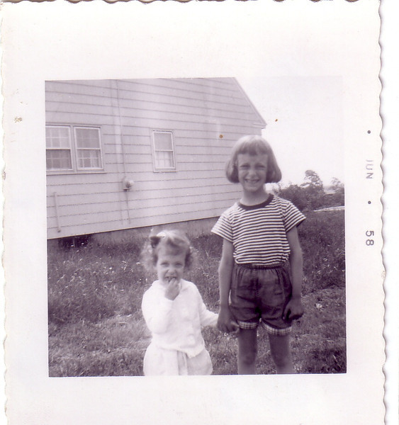 Laurie Jo and Beth Johnston 1958 at Riverview Terrace