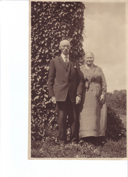 Murdo Nicholson's parents