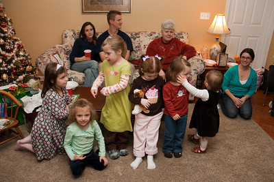trying to get the grandchildren/great grandchildren all together for a picture.