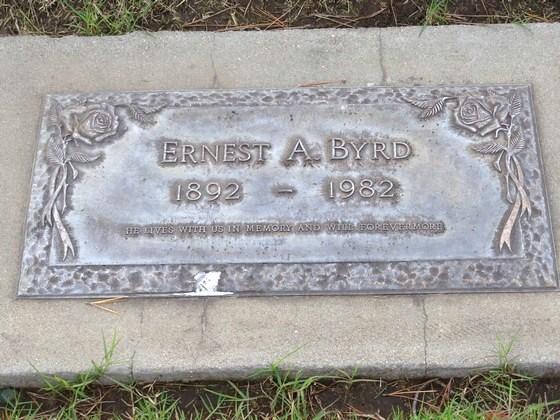 BYRD, ERNEST A<br /> Los Osos Valley Memorial Park, Los Osos, California