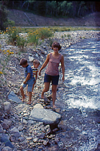 1973-09 - Randy, Jeff & Jo in Spearfish Creek, SD