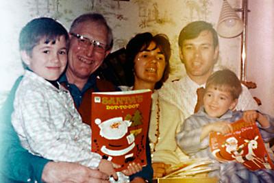 1973-12 - Randy, Grandpa Dick, Jo, Dwaine, Jeffrey